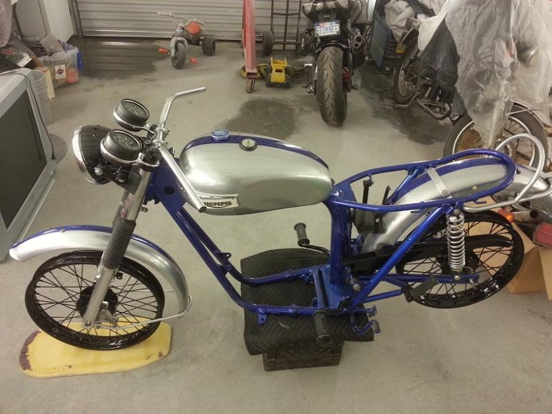 My 77 T140 Basket case rebuild-20121216_161301.jpg