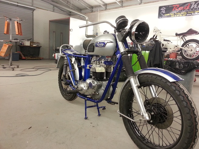My 77 T140 Basket case rebuild-20130101_161506.jpg