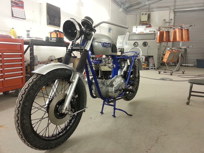 My 77 T140 Basket case rebuild-20130101_161522.jpg