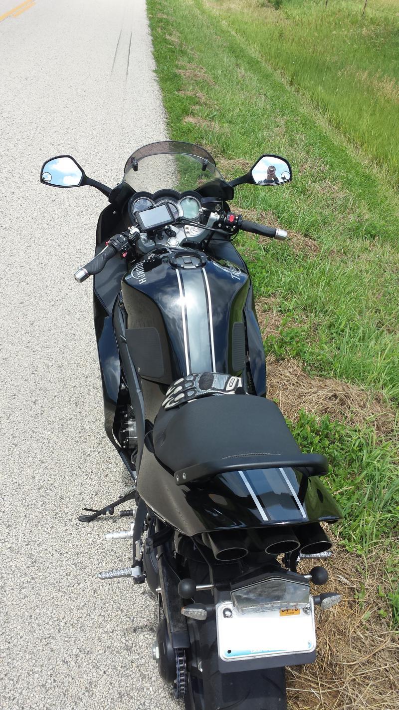 DIY Racing Stripes Triumph Forum Triumph Rat Motorcycle Forums - Vinyl stripes for motorcycles