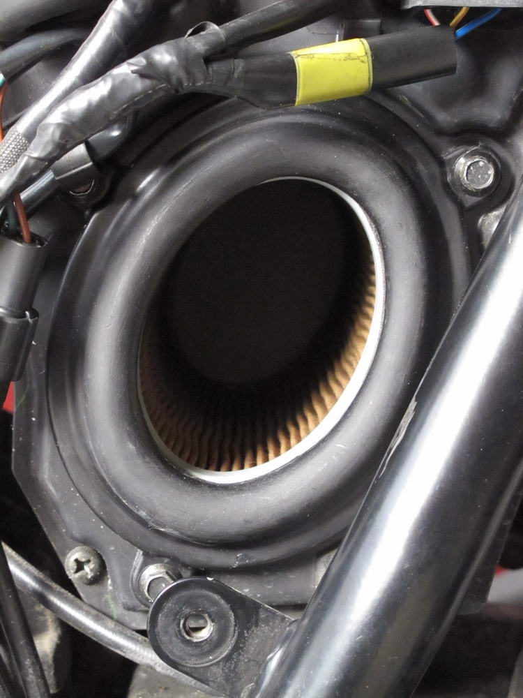 Bonneville modified air intake-air-intake-03.jpg