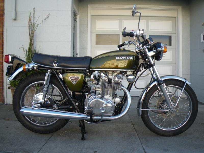 Where can I buy the Brookland Green paint for the 2013 Thruxton?-andy-bacchus-olive.jpg