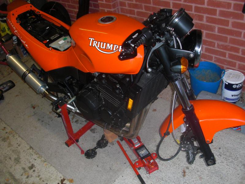 RESTORATION: '95 Speed Triple-cimg2940.jpg