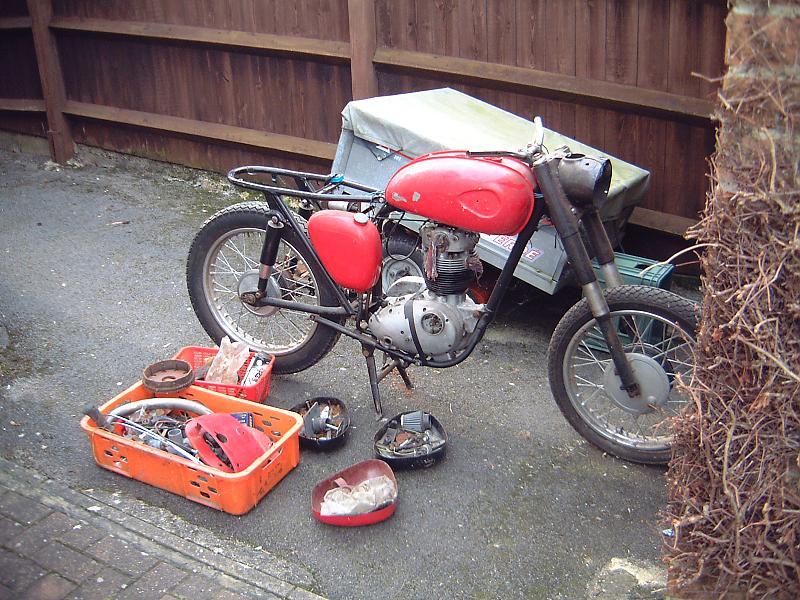 Member's other bikes - all makes & models!-dscf0002.jpg