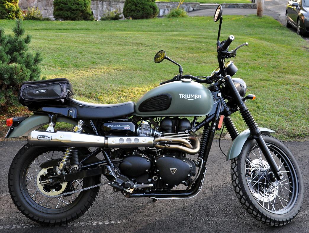 Triumph bonneville single seat and rack