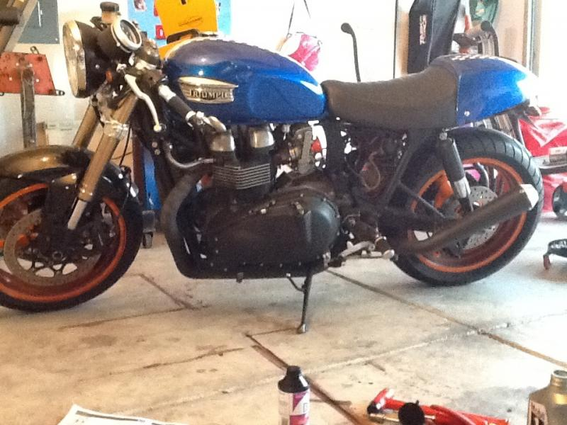 GSX-R 1000 front end on a Thruxton. Surprisingly easy to do.-image.jpg