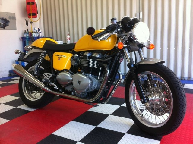 Here today. Thruxton tomorrow!-imageuploadedbymo-free1353216476.168590.jpg