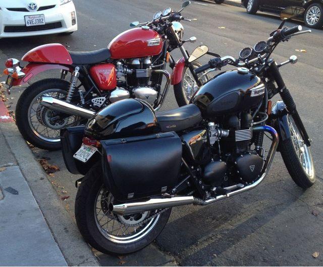 Triumph Leather saddlebags.-imageuploadedbymotorcycle1351277369.632306.jpg