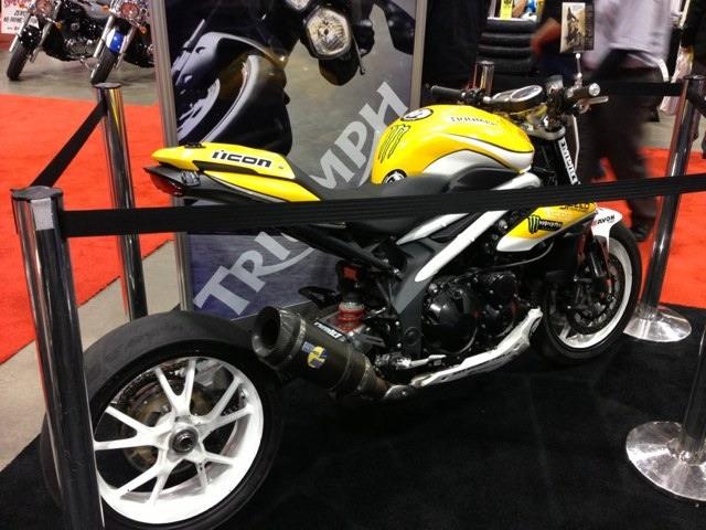 Leo Vince Evo II Factory R - low mount carbon exhaust-imageuploadedbymotorcycle1355060324.463378.jpg