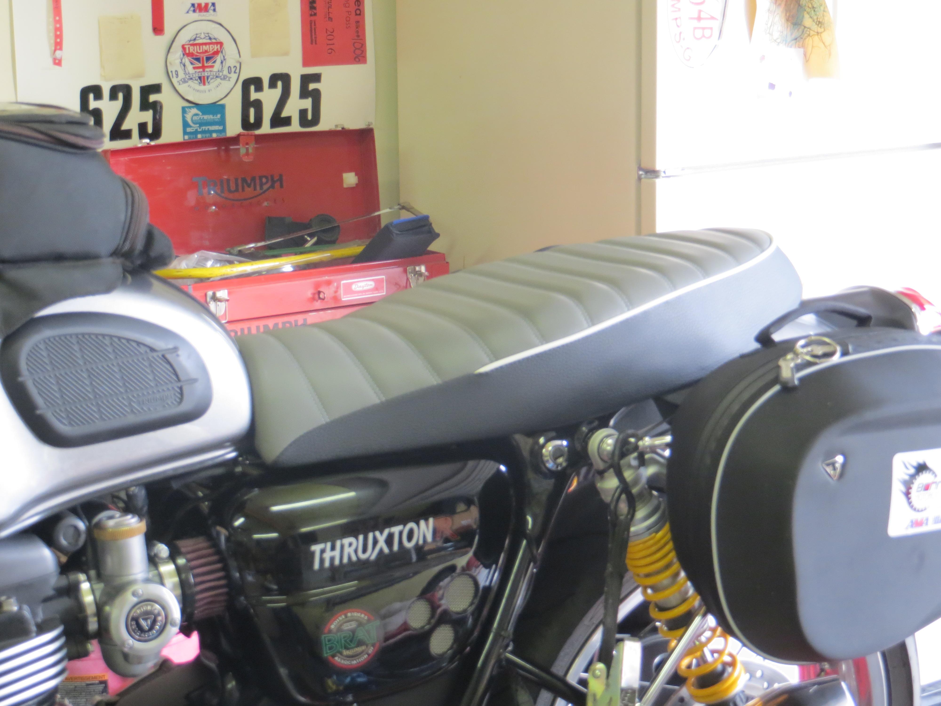Thruxton W Corbin Bench Seat Triumph Forum Triumph Rat