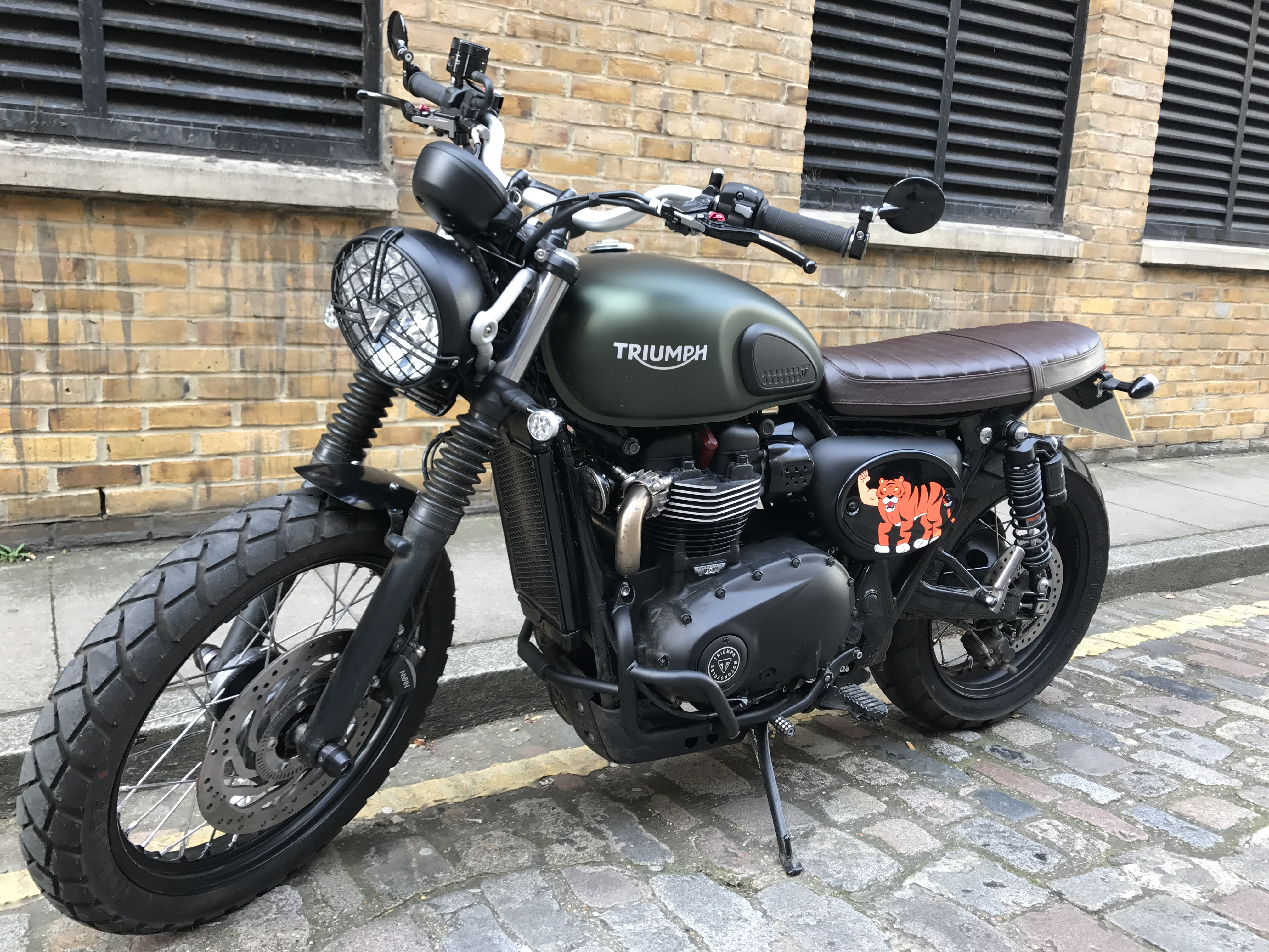 street scrambler accessories page 33 triumph forum triumph rat motorcycle forums. Black Bedroom Furniture Sets. Home Design Ideas