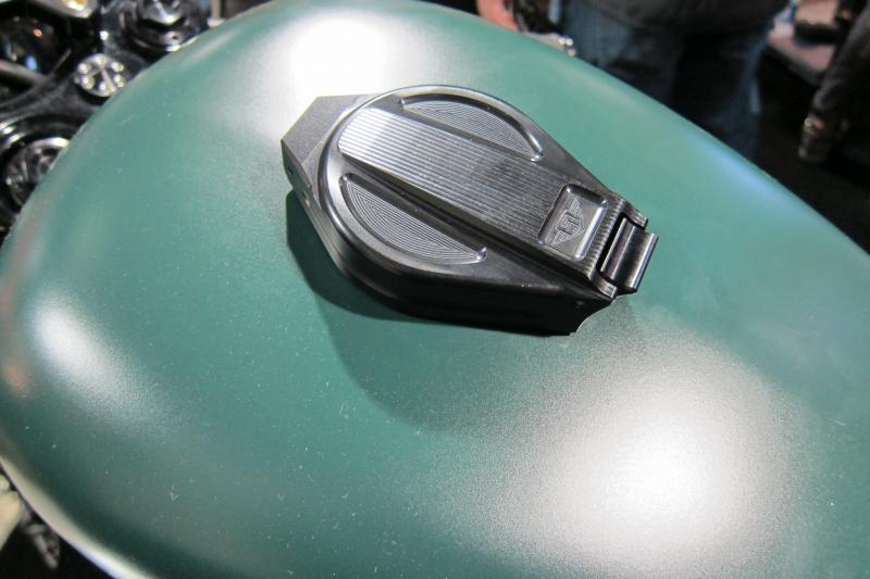 Hinged Gas Cap-img_6906.jpg