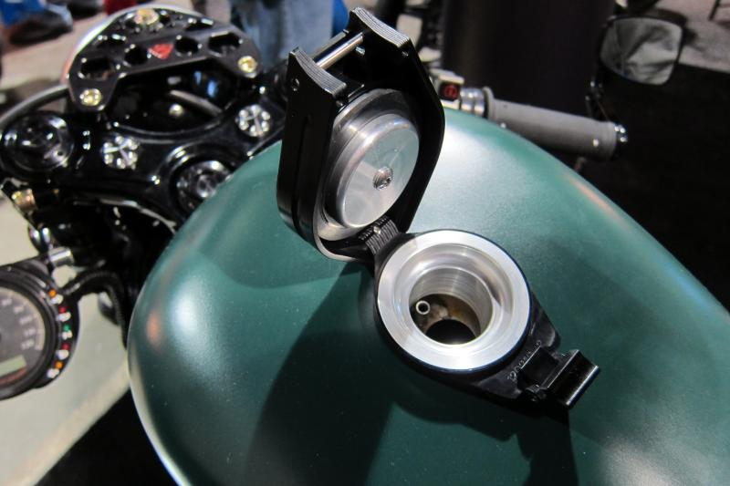 Hinged Gas Cap-img_6907.jpg
