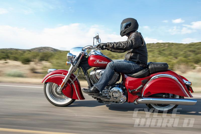 2014 Indian Motorcycles-indian-classic-red-action-2.jpg
