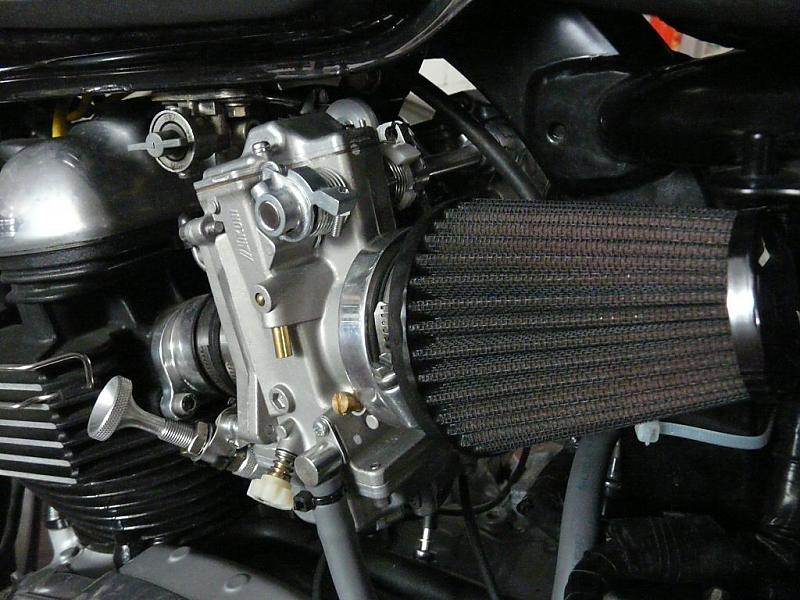 HSR42 installed on stock thruxton (photo)-mik2.jpg