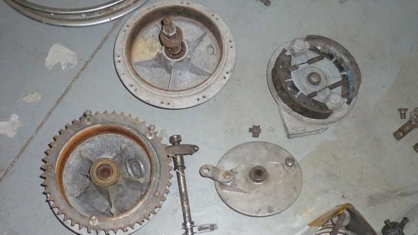 '71 T120R Rebuild-p1050187.jpg
