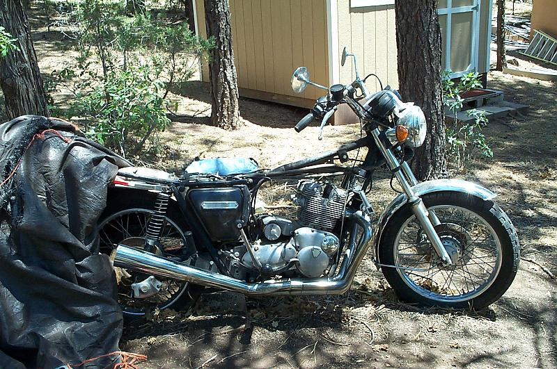 Member Photos - 750cc Trident Triples-photo_061906_07.jpg