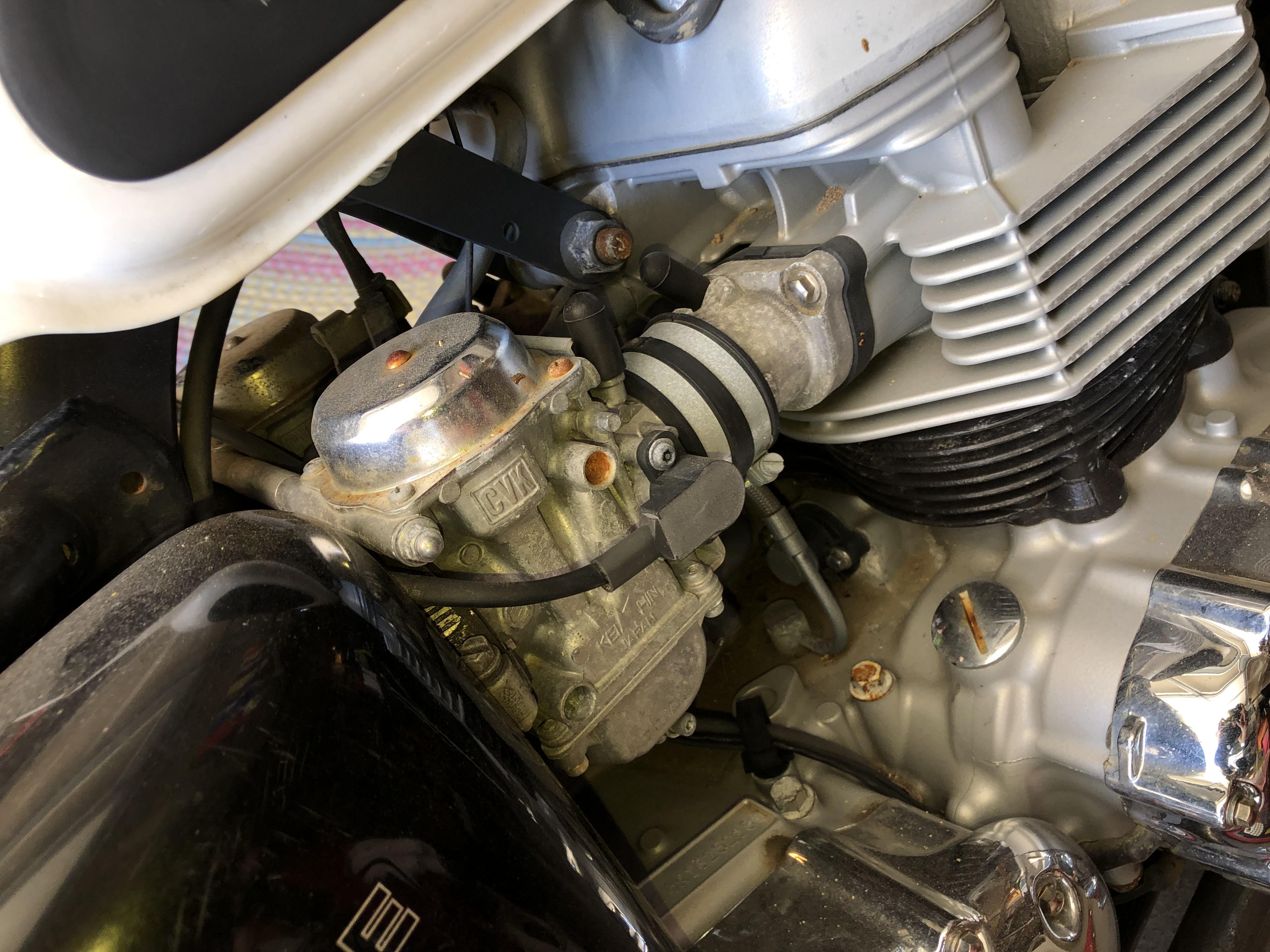 06 T-100 Tangerine Non-Op Project-rusty-bits.jpg