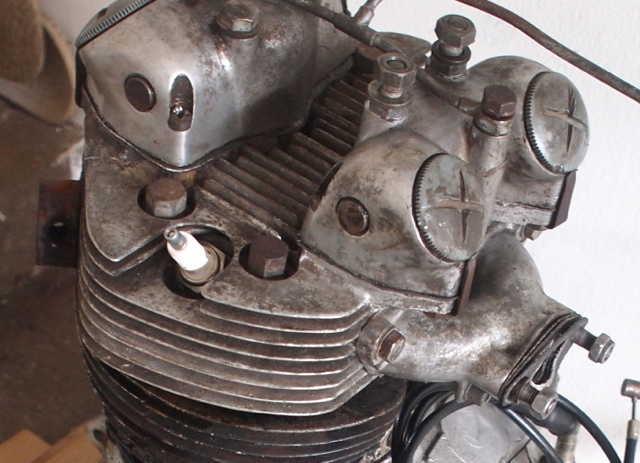 T100C 69 Desert Sled Restoration...nearly there-t-engine.jpg