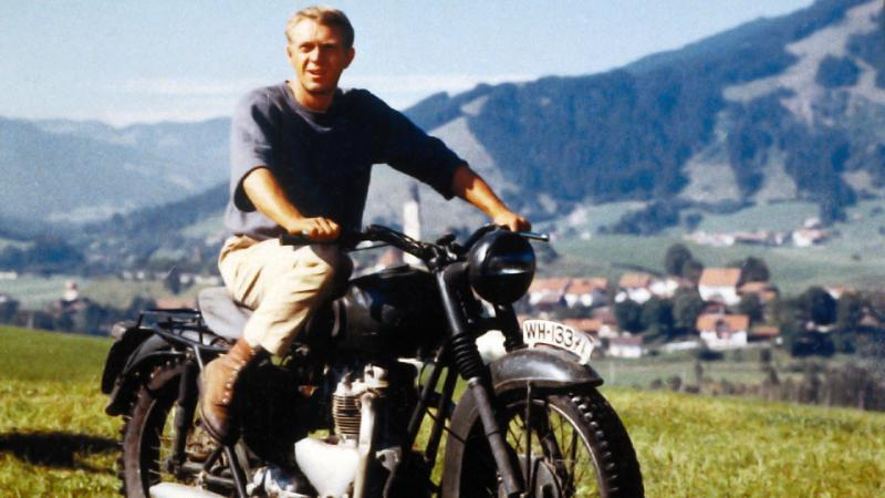 triumph bonneville t100 that steve mcqueen rode in the great escape motorcycles. Black Bedroom Furniture Sets. Home Design Ideas