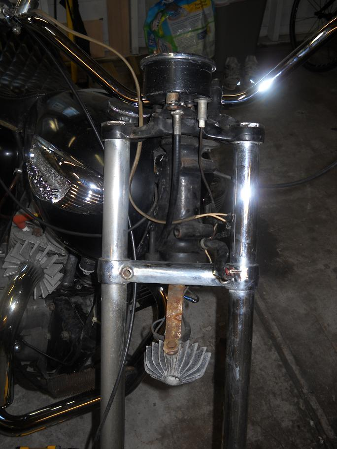 Newbie's 1968 T100C restoration project-triple-tree.jpg