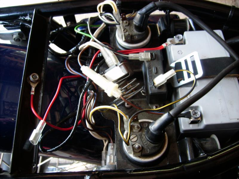 Showthread as well Index php also Cafe Racer Wiring also Triumph bonneville 750 t140v 2073 furthermore Wiring Diagrams. on 1972 triumph bonneville wiring diagram