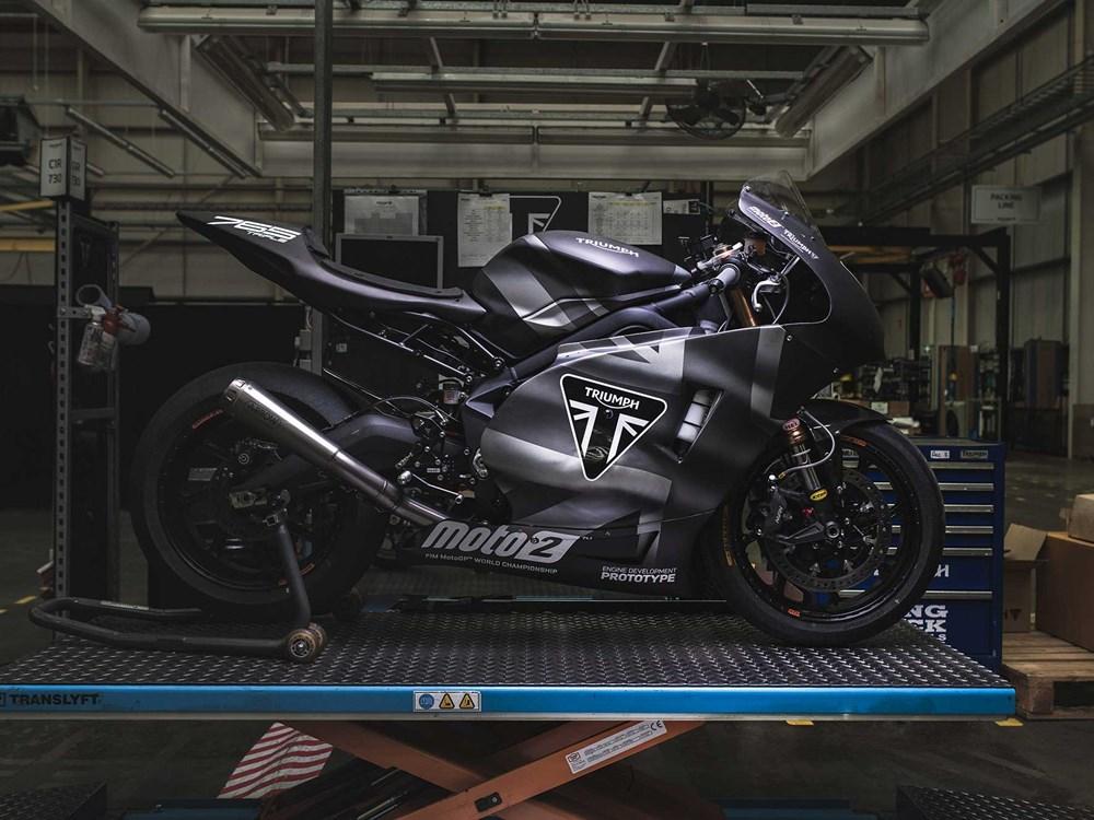 Name:  triumph-moto-2-019.jpg Views: 39 Size:  164.4 KB