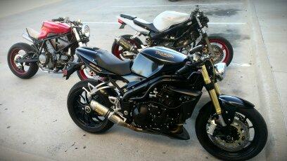 Ducati vs. Triumph-uploadfromtaptalk1353532210064.jpg