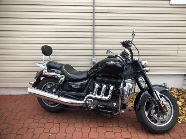 Showcase cover image for Triumph Rocket 3 Roadster ABS 2010
