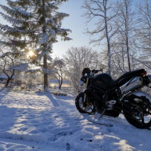 Street Triple in snow